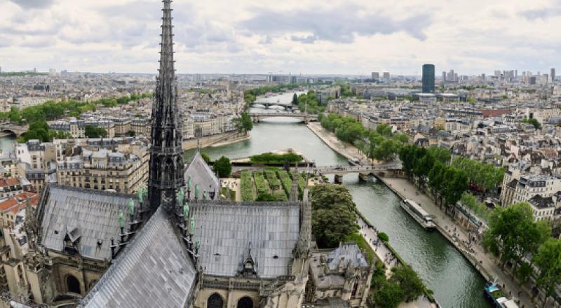 فرنسا تقول إنها أحبطت هجوما على غرار 11 سبتمبر