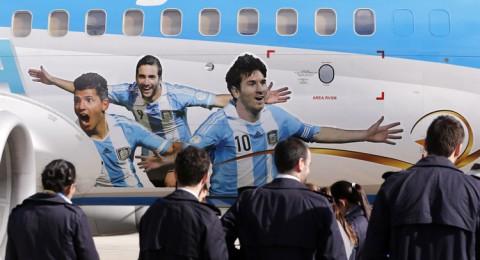 ميسي يتعرض لمتاعب صحية أثناء رحلته إلى كولومبيا