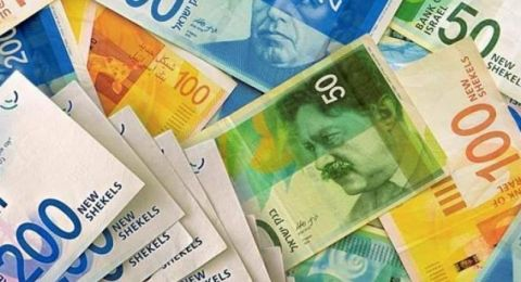 الدولار يتأرجح أمام الشيقل على انخفاض