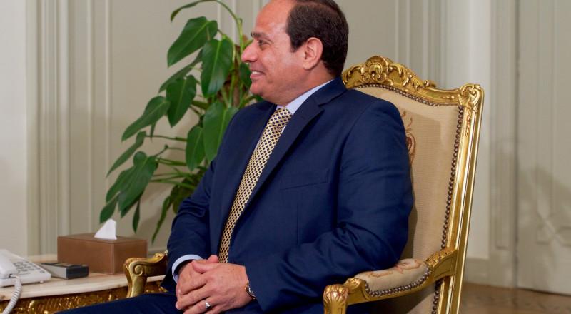 السيسي يكلف مدير مكتبه بإدارة المخابرات العامة