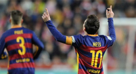 ليونيل ميسي يكسر حاجز العشرة آلاف هدف لنادي برشلونة