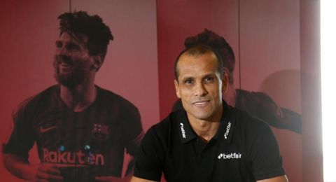 ريفالدو: ميسي يعيش أيامه الأخيرة مع برشلونة