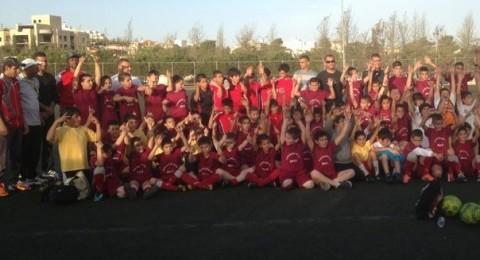 أطفال فلسطين الـ48 يشاركون أطفال سوريا والأردن والعراق بمباراة كرة قدم
