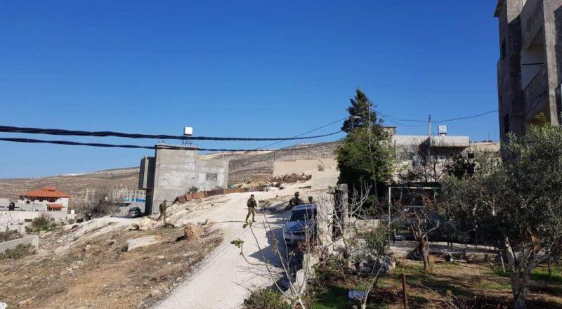 الشرطة لم تعتقل المستوطنين الذين هاجموا عائلة فلسطينية من عوريف
