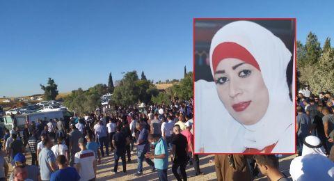 بغياب القيادات .. عشرات النساء يتظاهرن ضد قتل النساء في النقب