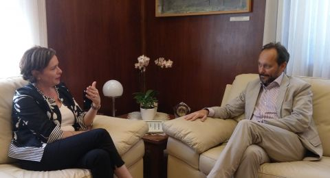 سفير الاتحاد الاوروبي يزور رئيسة بلدية حيفا