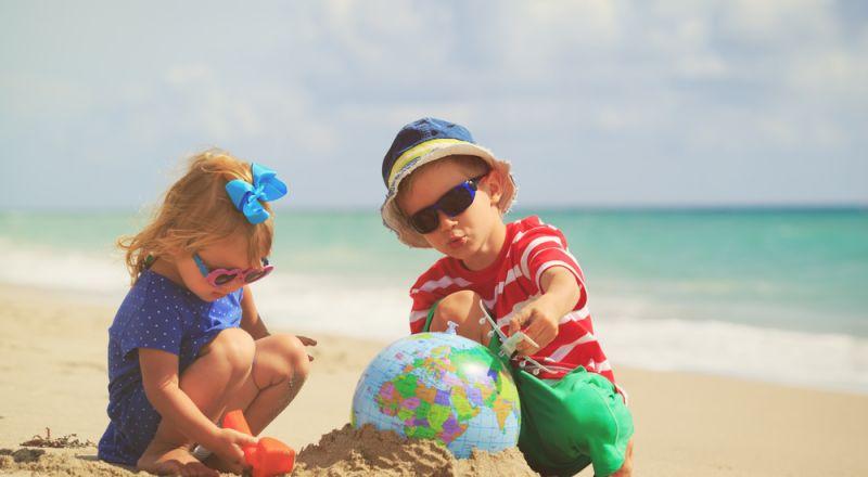 كيف تحمي طفلك من أشعة الشمس؟