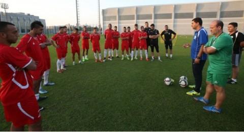 لاعبو الاتحاد السخنيني يعززون صفوف الفدائي الفلسطيني