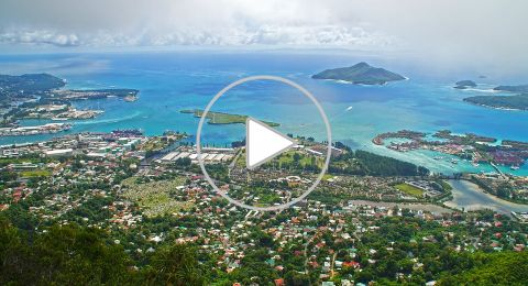 لا تحلو الزيارة إلى جزر السيشل إلّا في شهر أكتوبر!