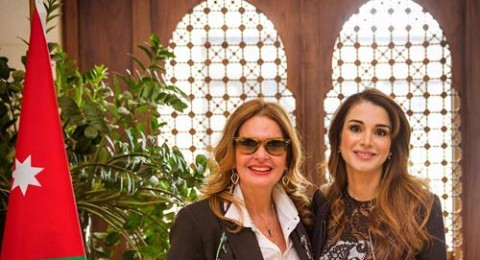 الملكة رانيا تحتفل بعيد الأم مع الفنانة يسرا
