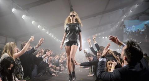 فرنسا: مشروع قانون يحظر نحافة عارضات الأزياء