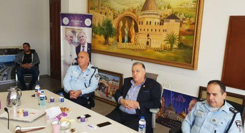 لجنة الطوارئ في البلدية تقيم الوضع الحالي للكورونا