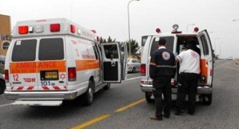 اصابة عامل من كفرمندا بصورة حرجة بعد سقوطه من علو