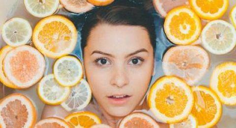 ماسكات الليمون لتنظيف الوجه