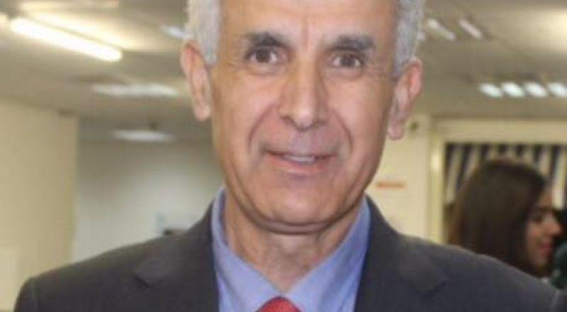 سخنين: د. ماجد غنايم يعلن اصابته بفيروس كورونا ويدعو الجماهير الالتزام بالبيت لمنع تفشي الوباء