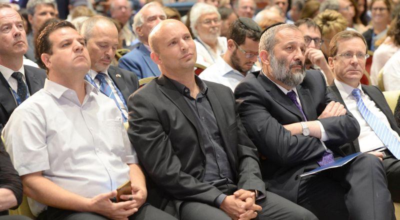 كورونا: وزير الأمن الإسرائيلي يكلف باتخاذ إجراءات خاصة بالفلسطينيين