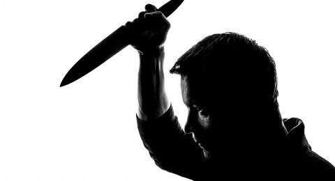 الشرطة: رجل يقتل زوجته