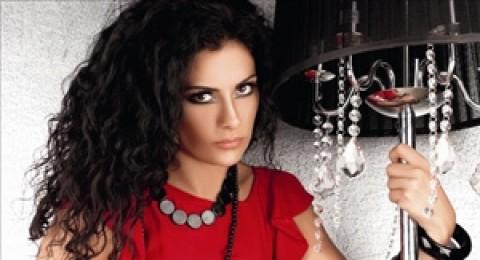 سوريون يطالبون بمقاطعة الفنانة الأردنية صبا مبارك