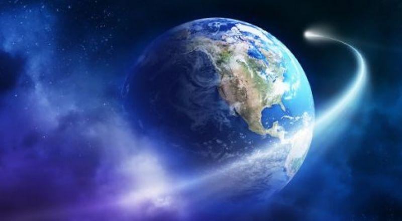 """شاهد الكويكبين """"التوأم"""" اللذين مرا فوق الأرض ورصدتهما ناسا"""