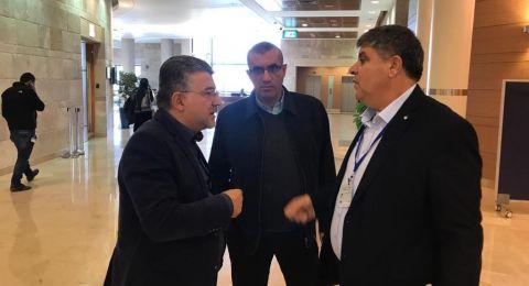 د.سمير صبحي و د.يوسف جبارين يجتمعان مع قيادة الشرطة حول احداث العنف