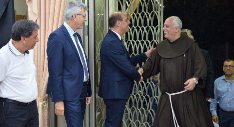 حفل شكر وتكريم لقدس الاب أمجد صبارة بمناسبة انهاء خدمته في الناصرة