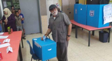 بالصور: اهالي ام الفحم يتوافدون على الصناديق للتصويت