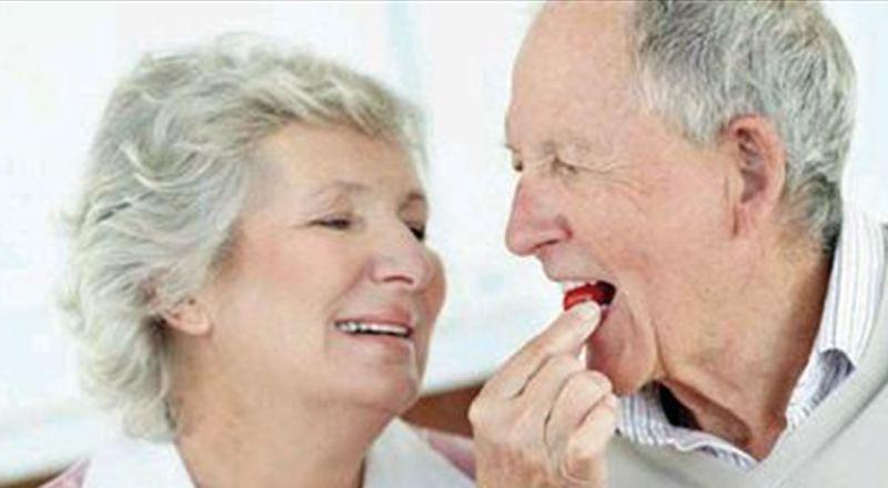 دراسة تكشف.. الزواج السعيد يحدّ من الإصابة بهذا المرض!