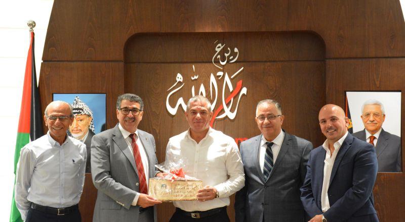 بلدية رام الله تستقبل رؤساء بلديات سخنين وعرابه