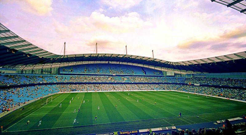 مانشستر سيتي يدخل تاريخ الدوري الإنجليزي من أوسع أبوابه