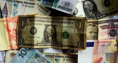 للمرة الأولى منذ شباط 2013.. اليورو يتفوّق على الدولار كأكثر العملات استخداما