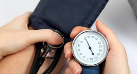 90/150 ضغط دم طبيعي لكبار السن