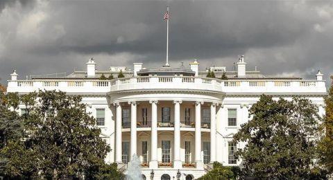 من بينها البالونات والجينز.. أشياء ممنوعة في البيت الأبيض