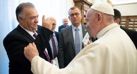 لقاء السنة .. علي سلام يلتقي قداسة البابا فرنسيس في حاضرة الفاتيكان