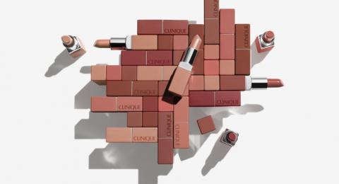 ماركة منتجات التجميل الرائدة – كلينيك تطلق:طريقة علمية مثبتة تتيح ملاءمة دقيقة بين ألوان أحمر الشفاه المناسبة لك حسب درجة لون 'الميك-أب'