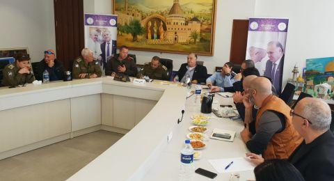لجنه الطوارئ في بلدية الناصرة تعقد جلسه عمل مع الجبهة الداخلية