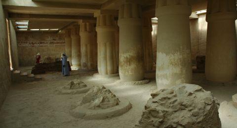 أردني يبحث عن عائلة صديقه المصري لدفنه