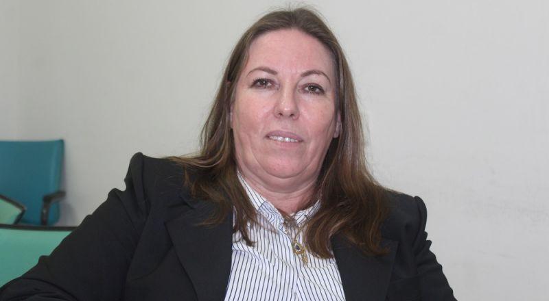 حنان قريناوي تدعو نساء النقب الى تكثيف التصويت للمساهمة بالتأثير على دمج المرأة في أماكن العمل