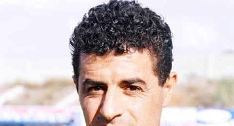 فتح عباس يعود لقيادة تدريبات الاخضر الكناوي