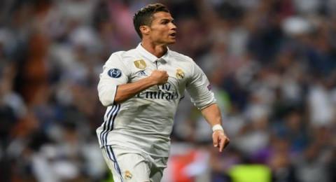 رونالدو يدخل التاريخ بـ100 هدف في دوري الأبطال