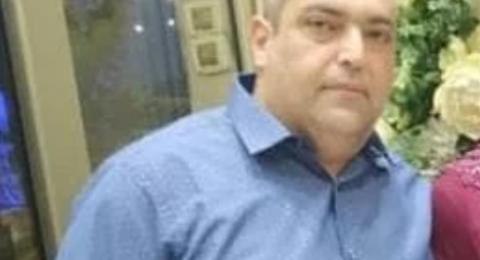 توفي خلال حفل زفاف ابنة اخيه .. طمرة تفجع بوفاة عادل دواهدة