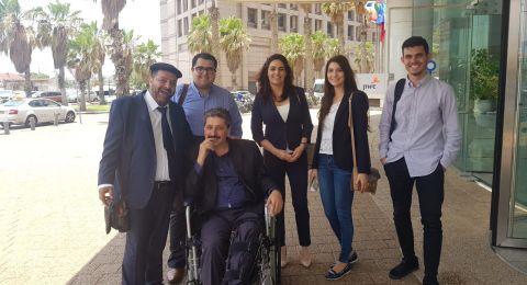 بدء محاكمة الشرطي الذي اعتدى على المتظاهرين في حيفا ومدير مركز مساواة جعفر فرح