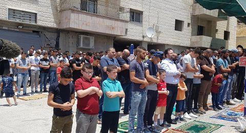 القدس: إقامة صلاة الجمعة في وادي الحمص المهددة مبانيها بالهدم