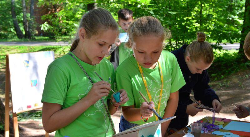 المخيمات الصيفية، تكاليف باهظة، وتخطيط سيء يمس بالأولاد!