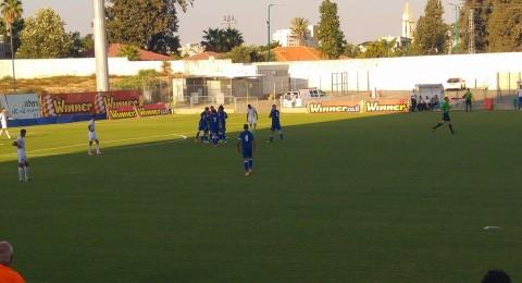 افتتاحية مباركة للاخاء النصراوي..فوز كبير على كريات جات (2-1)