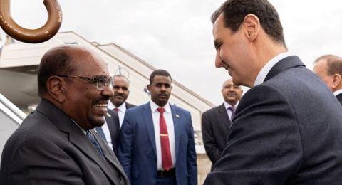 البشير في دمشق.. أول زيارة لزعيم عربي منذ اندلاع الأزمة