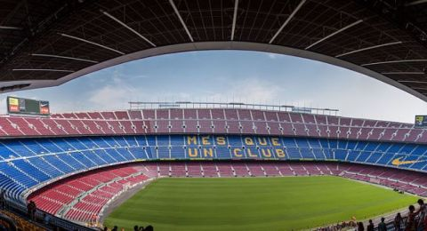 تغريم لاعب برشلونة مليون يورو بسبب ماركة الحذاء