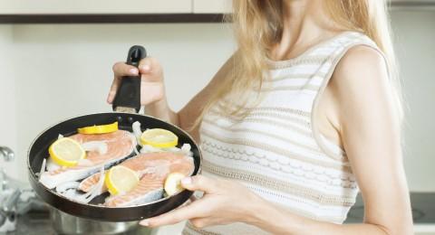 ما هي إيجابيات تناول الأسماك خلال فترة الحمل!