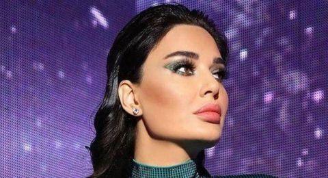 كم تقدرون سعر فستان سيرين عبد النور الأخضر في