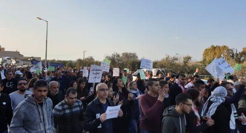 اهالي الجديدة المكر يتظاهرون ضد مخطط الطنطور