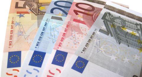 اليورو يهبط بفعل تراجع قطاع الأعمال الألماني